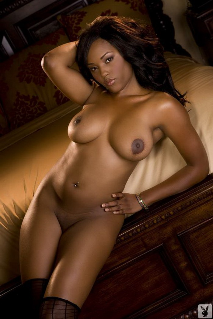 Black female star naked — pic 9
